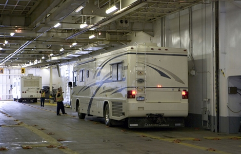International Shipping for recreational vehicles: motorhomes, travel camping trailers, 5th wheels, toy haulers